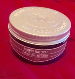 Simply natural exfoliating face scrub