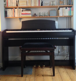 Kawai digital piano CL35. Rosewood Excellent condition. One owner from new