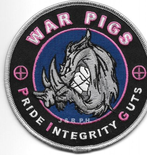 """Wilmington, NC  """"WAR PIGS""""  (4.25"""" round size) shoulder police patch (fire)"""