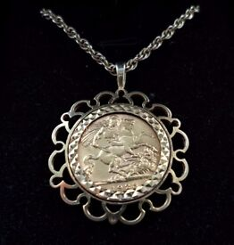Stunning - 1925 King George V - 22 Carat Gold Full Sovereign - Mounted & Necklace in 9 Carat Gold