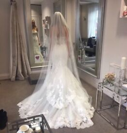Brand New Enzoani Blue Jodie Wedding Dress RRP £1650