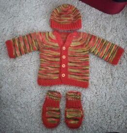 Merino Wool Baby Set 0-3 Months (Cardigan, hat and booties)
