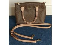 DKNY Cross Body Bag / 100% Genuine / Genuine Leather / Used Once / Brand New Condition