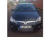 Black Vauxhall Astra SXi 1.4L Petrol