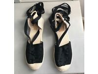 Brand New ladies Tie ankle Shoes