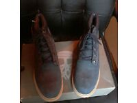 TIMBERLAND BOOTS NAVY BLUE SIZE 6