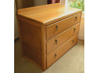ORIGINAL OAK CHEST OF 3 DRAWERS IN ANTIQUE/VINTAGE STYLE