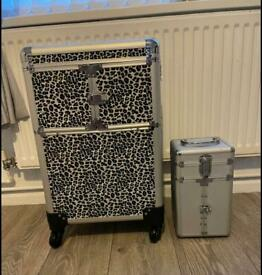 Beauty trolley and case