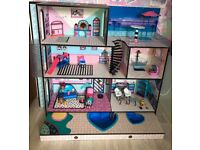 Lol doll house with furniture and dolls