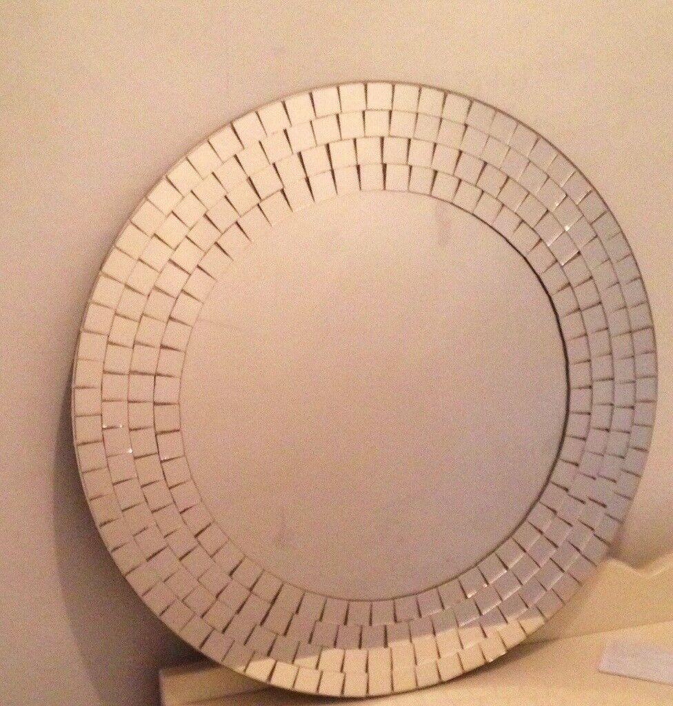 Silver mosaic round mirror