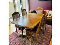 Dining table + 5 chairs with 2 extendable parts