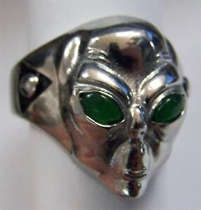 ALIEN HEAD GREEN EYES STAINLESS STEEL RING size 8 silver metal S-504 unisex UFO
