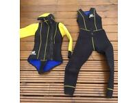 Warm 2 piece scuba diving wetsuit with hood. Size XS/S