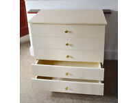 Chest of Drawers with 5 drawers for bedroom storage