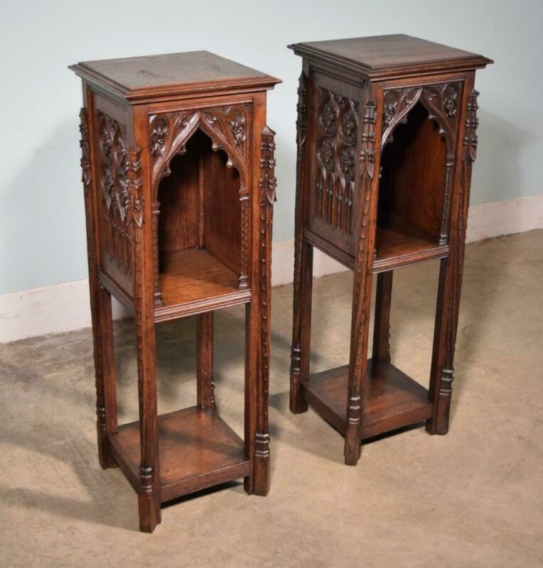 *Pair of Antique Gothic French Highly Carved Nightstands/End Tables Solid Oak