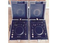 2X PIONEER CDJ-1000MK3 (Including flight cases)