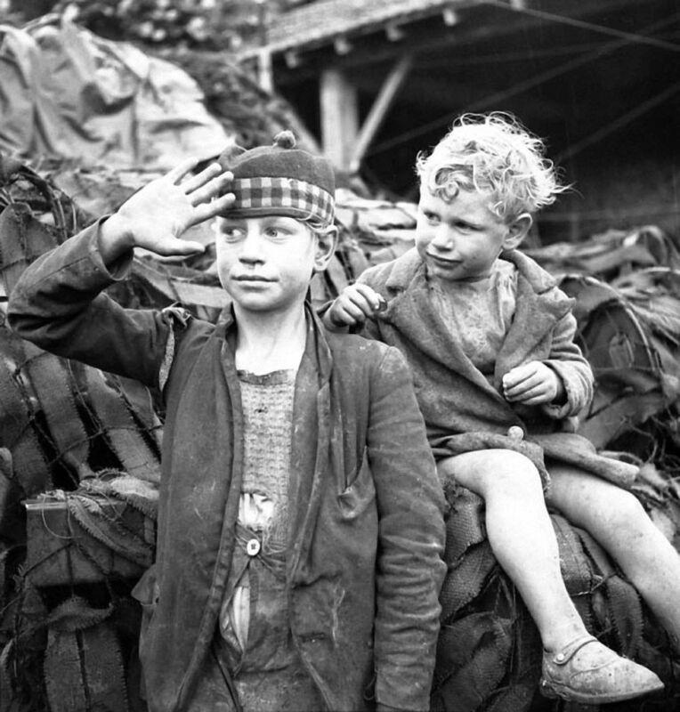 WWII B&W Photo Canadian Medic Treats Injured French Child  WW2  World War / 1247