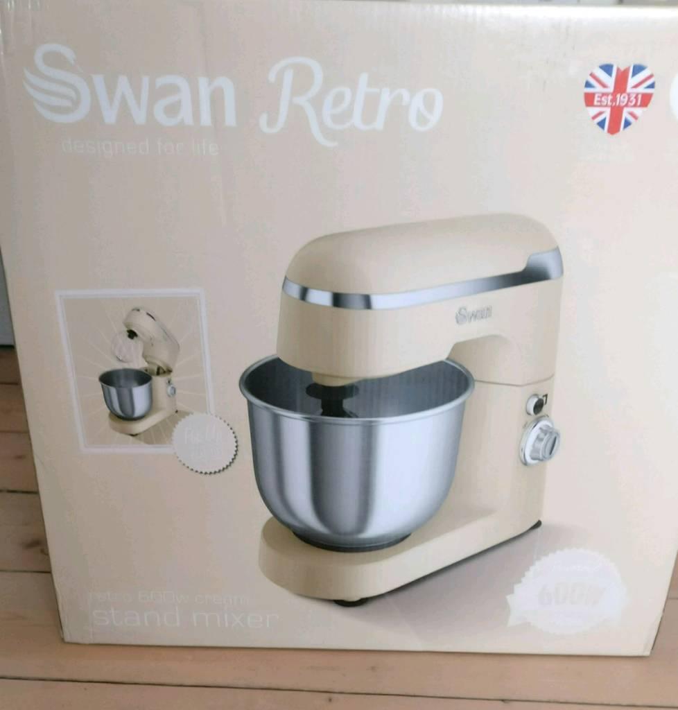 Brand New Swan Retro Stand Mixer