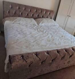 SUPERKING Crushed velvet sleigh bed