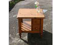 Solid Pine Ducal Lamp Coffee Table