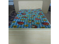 Childrens Cot, converts to bed