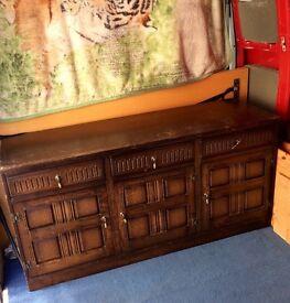Unit / side board / drawers