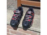 Pearl Izumi Select Men's Mountain Bike SPD Shoes size 43