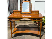CHERRY WOOD DRESSING TABLE