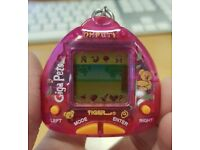 ***TAMAGOTCHI'S AND GIGA PETS*** from the 90s and 00s