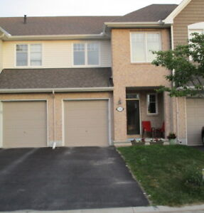 Findlay Creek executive townhome for September 1st