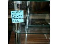 Glass Tv Stand (Clear glass)