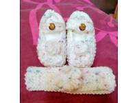 Hand knitted baby shoes and headband
