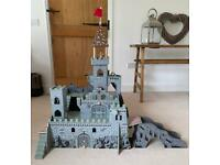 Wooden Medieval Castle Play-set