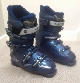 Ladies Ski Boots - size 5 (24.5)