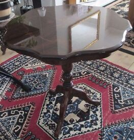 Ornate occasional table/polyester finish