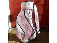 'LADIES PRETTY IN PINK' WILLIAM HUNT TOUR BAG, NEW UNUSED WITHOUT TAGS