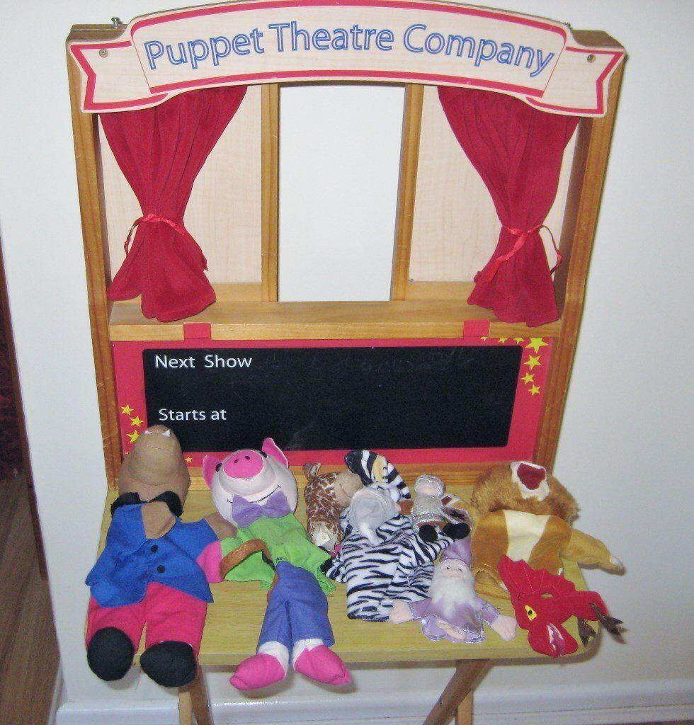 Entertaining Childrens Puppet Theatre Centre.