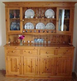 Dresser in excellent condition half glazed, 4 drawers, 4 cupboards. Height 197cms Width 179cms.