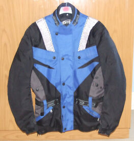 Men's AMX motorcycle jacket size large.