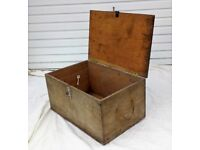 Sturdy Vintage Wood Storage Box Trunk Project