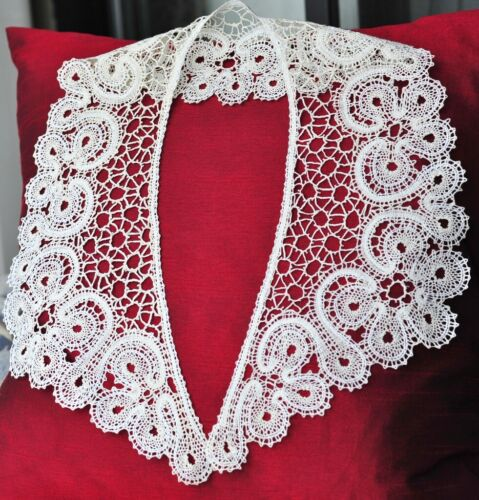 """PATTERN for Large V Collar. Length 25 """" Russian Vologda Lace. Full size."""