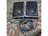 Boxed stereo speakers