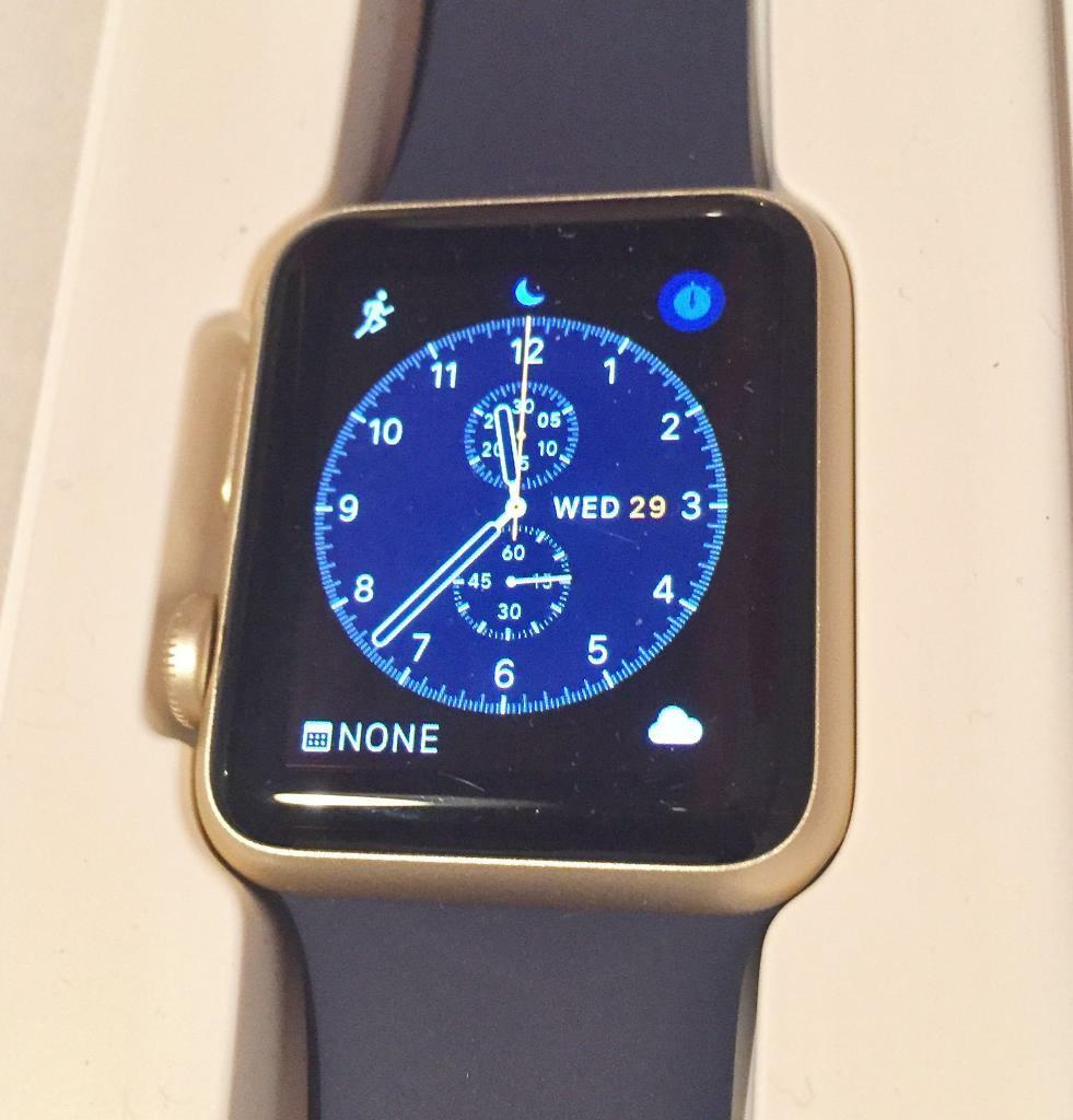 Apple Watch gold 38mm with BRAND NEW strap in blue or pink and cablesin Frodsham, CheshireGumtree - Watch 3 BRAND NEW items in the complete and original boxThis watch is in fantastic condition as it was well cared for with occasional use. I loved it but selling as I upgraded to the series 2 because I do a lot of swimming so it wasnt getting enough...