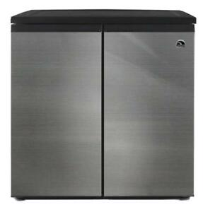 Igloo 5.5 Cubic Feet Side by Side 2 Door Refrigerator Freezer, Stainless Steel