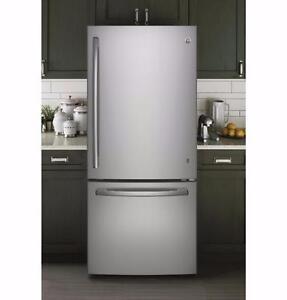 Réfrigérateur GE, frigo 30 po, Congélateur en bas,   20.2 pi.cu, Acier inoxydable, (SKU : 1355)