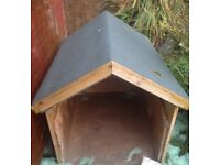 Kennels House. Large. Water proof roof. Perfect condition.