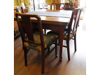 ANTIQUE OAK EXTENDING DINING TABLE & FOUR CHAIRS - WE CAN DELIVER