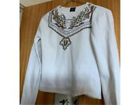 FREE EMBROIDERED WHITE TOP - SIZE SMALL