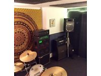 Band rehearsal room share - central Bristol