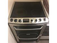 Chrome 60cm electric cooker can deliver